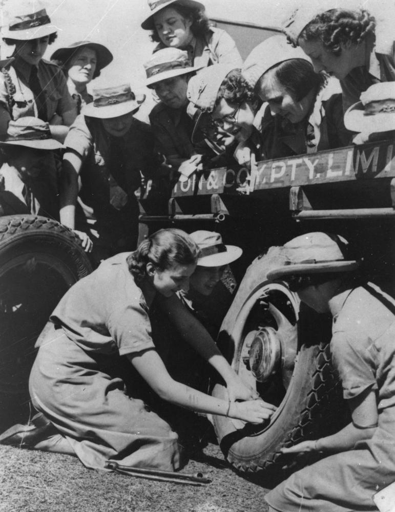 Women's Roles During WWI Essay